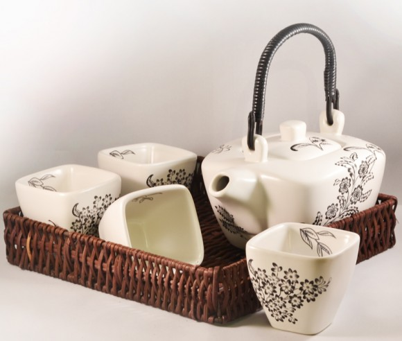 30655-Tea-set-yukiko