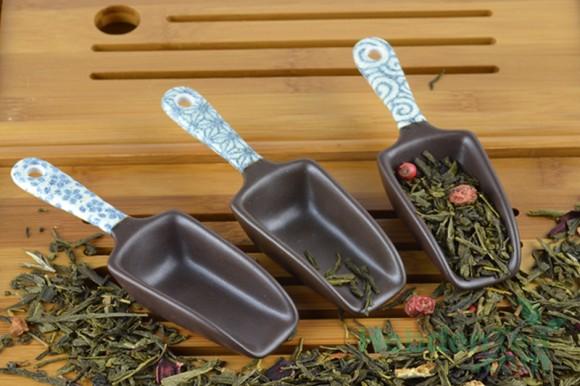 7730925-Japanese measuring spoon-hebden-tea