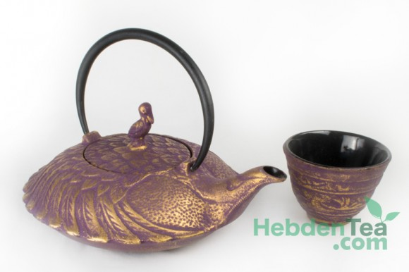 Purple Gold Cast Iron Teapot 0.7 Lit